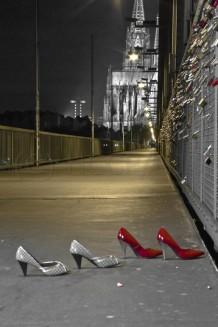 Köln, nachts auf der Hohenzollernbrücke - 2009